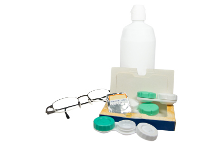 Colored contact lens kit and solution to keep your lenses clean
